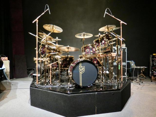 R40 drums